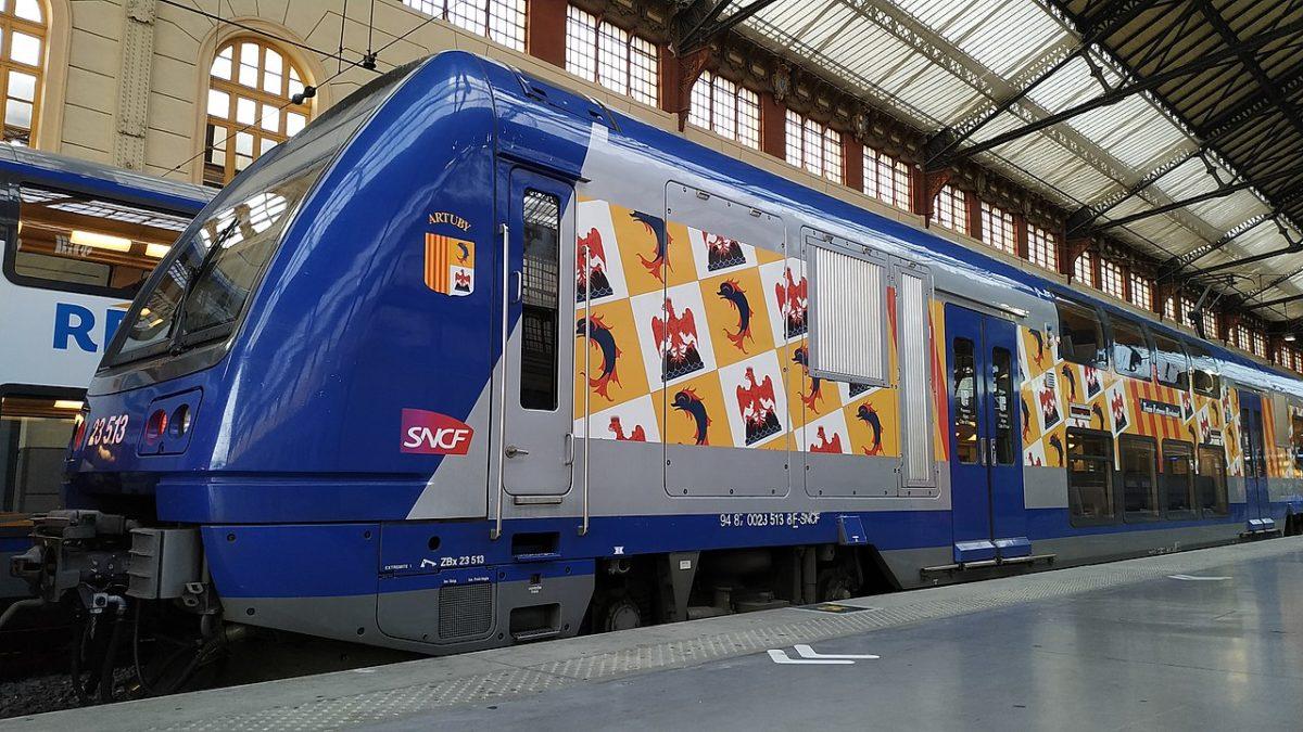 TER en gare de Marseille Saint Charles